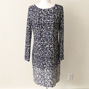 Vince Camuto | Navy &White Long Sleeve Shift Dress